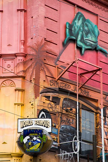 Stock Photo: 1486-12091 Facade of a colorful store, South Street, Philadelphia, Pennsylvania, USA