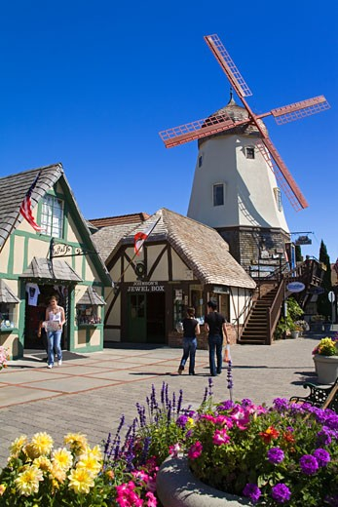 Windmill on Alisal Road, Solvang, Santa Barbara County, Central California, USA : Stock Photo