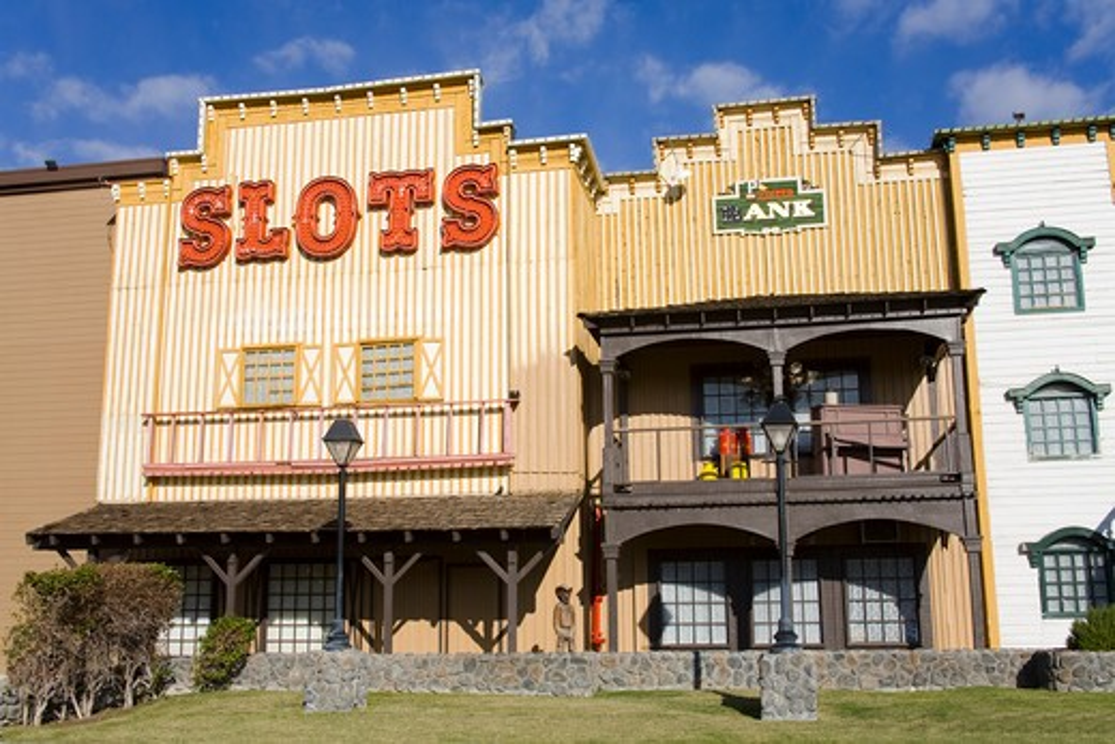 Stock Photo: 1486-12886 USA, Arizona, Laughlin City, Laughlin City, Pioneer Casino