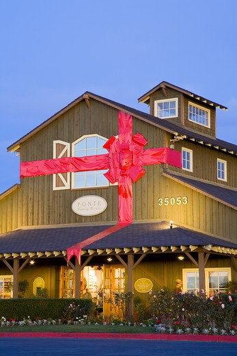 Stock Photo: 1486-13040A Winery decorated for Christmas, Ponte Winery, Temecula, Riverside County, California, USA