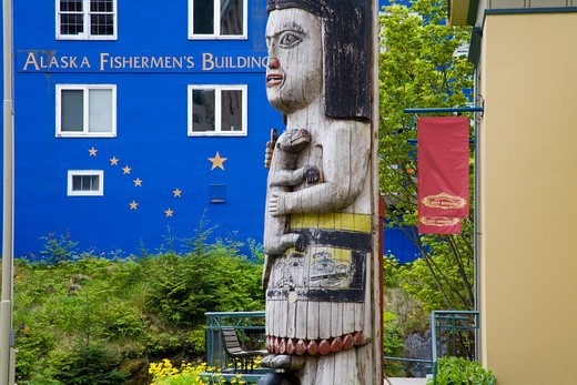 Stock Photo: 1486-13149 Totem pole in front of museums, Alaska Fishermen's Building, Juneau-Douglas City Museum, Juneau, Alaska, USA