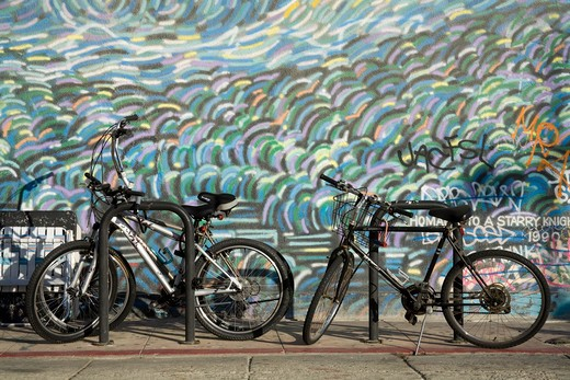 Stock Photo: 1486-13250 Bicycles parked at the roadside, Venice Beach, City of Los Angeles, California, USA