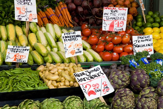 Stock Photo: 1486-13389 USA, Washington, Seattle, Vegetables on market stall at Pike Place Public Market