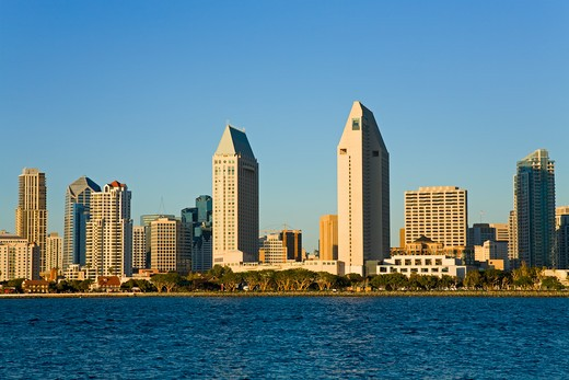 Stock Photo: 1486-13563 Buildings at the waterfront, San Diego, California, USA