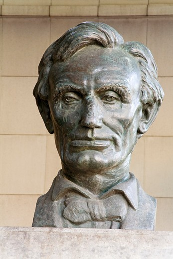 Bust of Abraham Lincoln, Stanley Mosk Courthouse, Los Angeles, California, USA : Stock Photo