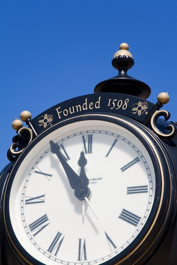 Stock Photo: 1486-14562 Clock in the plaza, Socorro, New Mexico, USA