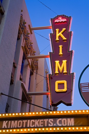 USA, New Mexico, Albuquerque, Central Avenue, KiMo Theatre, Neon : Stock Photo