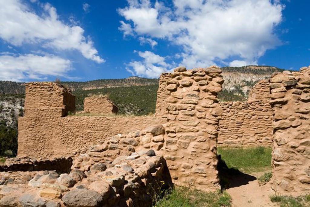 Stock Photo: 1486-14610 USA, New Mexico, Albuquerque, Jemez State Monument, Pueblo ruins