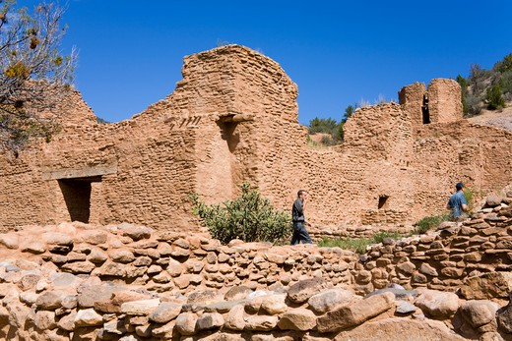 USA, New Mexico, Albuquerque, Jemez State Monument, Pueblo ruins : Stock Photo