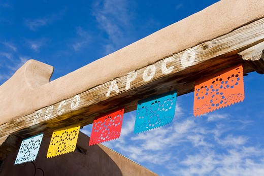Stock Photo: 1486-14627 USA,New Mexico, Albuquerque, Old Town District, Poco Apoco patio