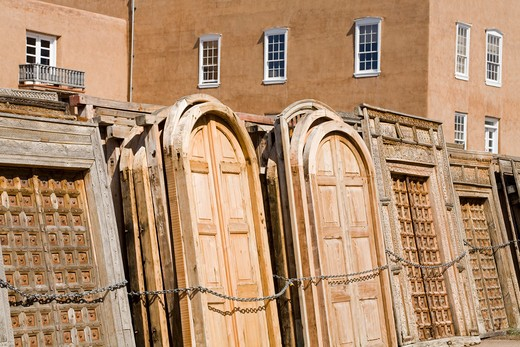 Stock Photo: 1486-14698 USA, New Mexico, Santa Fe, Alameda Street, Seret & Sons architectural salvage store