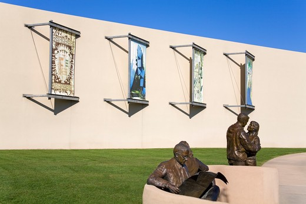 Stock Photo: 1486-14712 USA, New Mexico, Albuquerque, Albuquerque Museum of Art & History