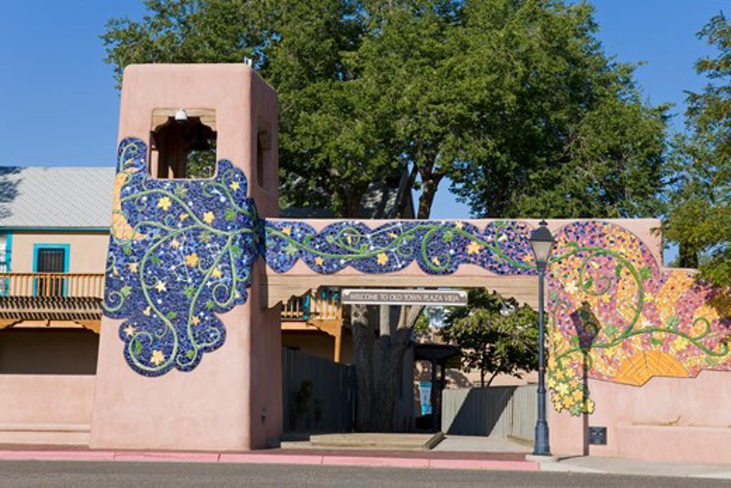 USA, New Mexico, Albuquerque, Entrance to Old Town Plaza, : Stock Photo