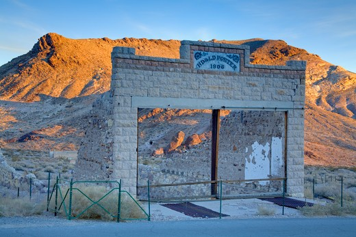 Stock Photo: 1486-15380 Rhyolite ghost town, Beatty, Nevada, USA, North America