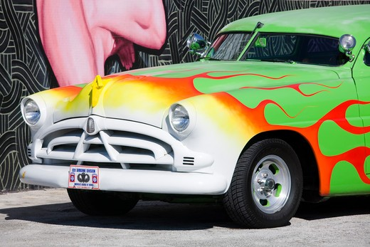 Classic car in the Wynwood Arts District, Miami, Florida, USA : Stock Photo