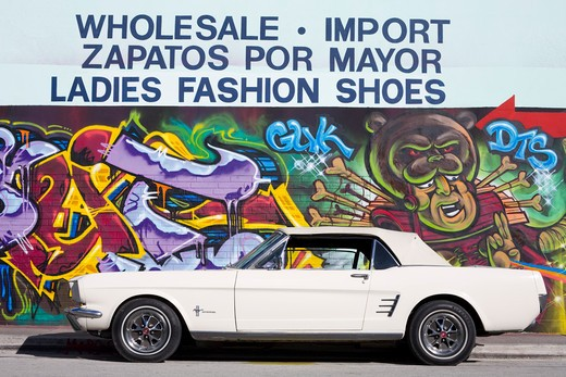 Stock Photo: 1486-15447 Ford Mustang & mural in the Wynwood Arts District, Miami, Florida, USA