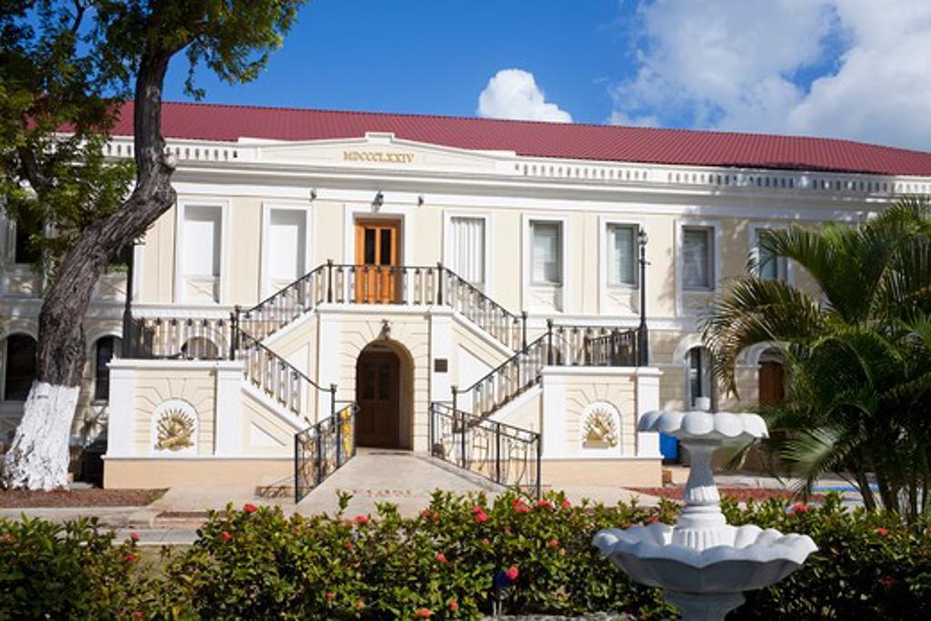 Stock Photo: 1486-15981 Caribbean, United States Virgin Islands, St. Thomas Island, Charlotte Amalie City, Legislature Building