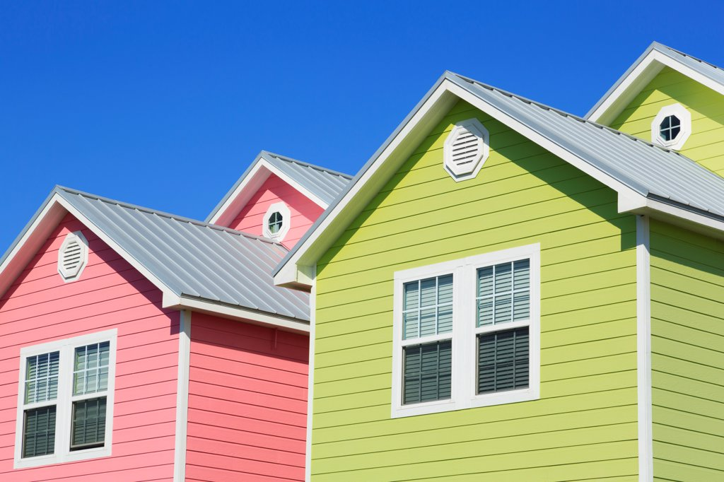 Low angle view of beach houses, North Beach, Corpus Christi, Texas, USA : Stock Photo