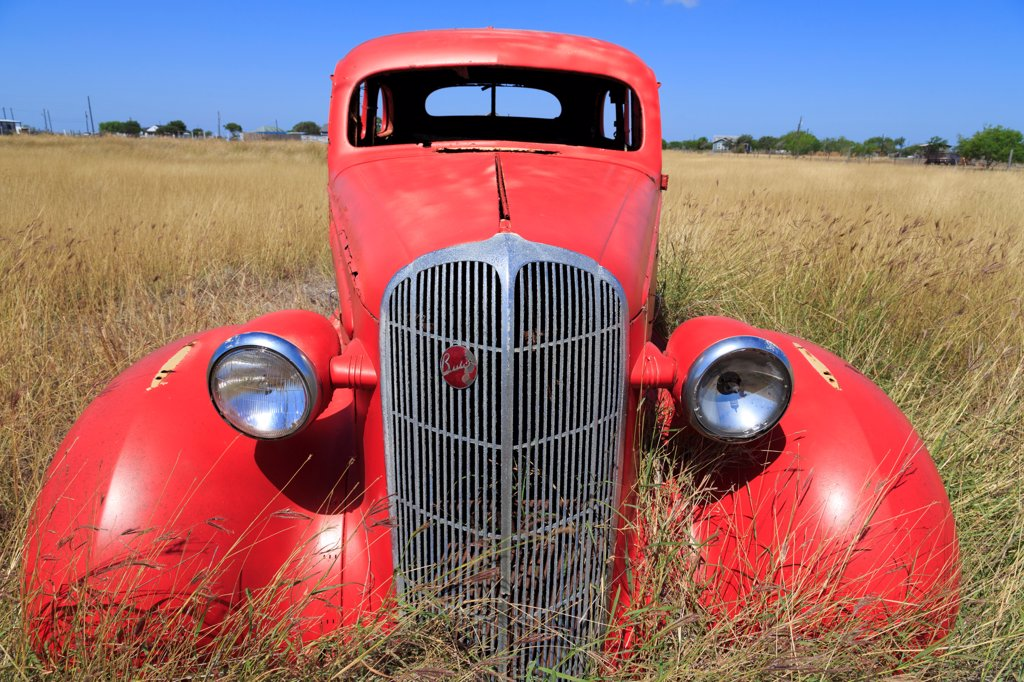 Stock Photo: 1486-16186 Abandoned car in field, Corpus Christi, Texas, USA