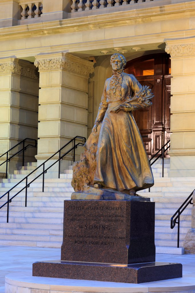 Stock Photo: 1486-16264 USA, Wyoming, Cheyenne, Esther Hobart Norris statue at State Capitol
