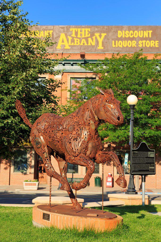 Stock Photo: 1486-16268 USA, Wyoming, Cheyenne, Horse sculpture in Cheyenne Depot Plaza
