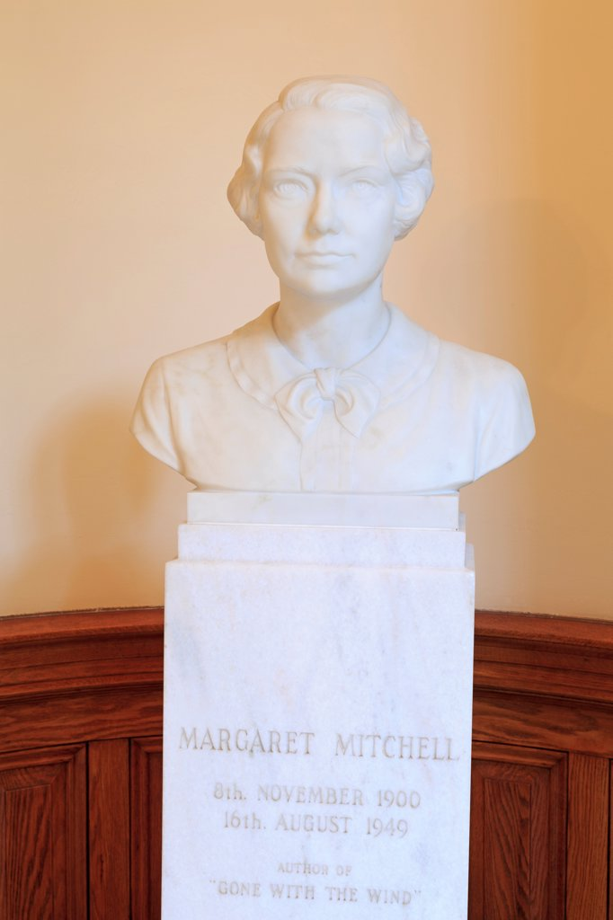 Stock Photo: 1486-16530 USA, Georgia, Atlanta, Margaret Mitchell bust in Georgia State Capitol