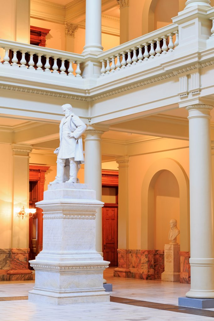 USA, Georgia, Atlanta, Ogelthorpe statue in Georgia State Capitol : Stock Photo