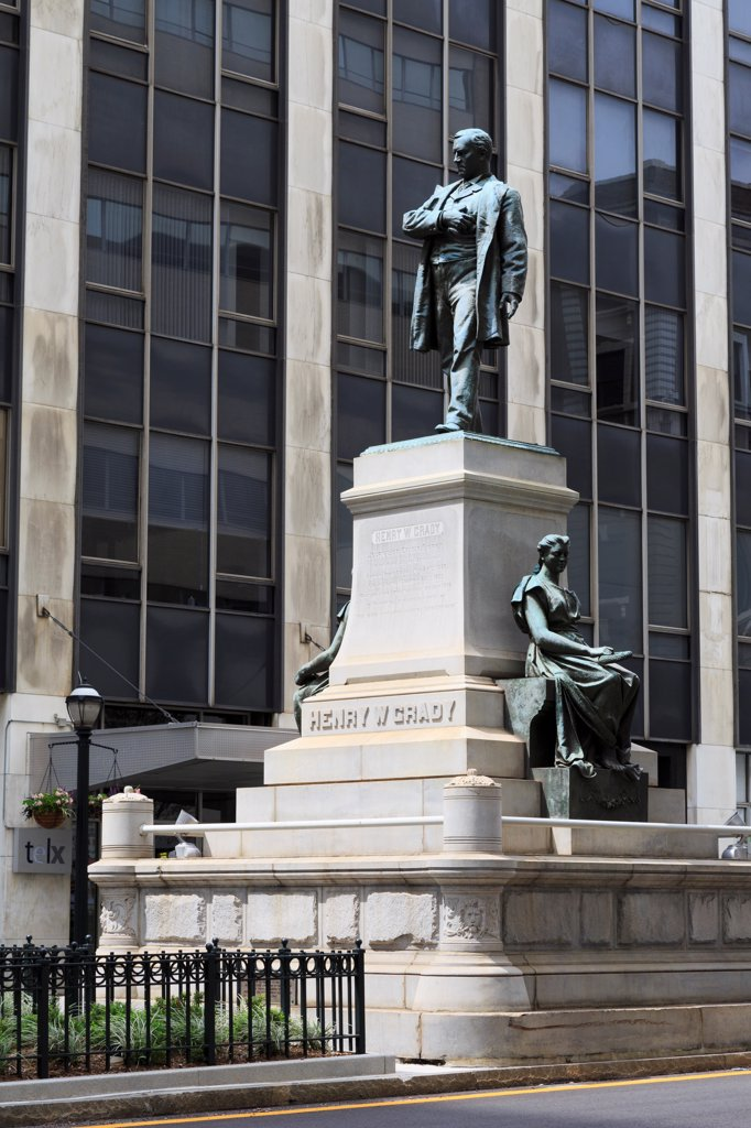 Stock Photo: 1486-16541 USA, Georgia, Atlanta, Henry W. Grady Monument, Marietta Street