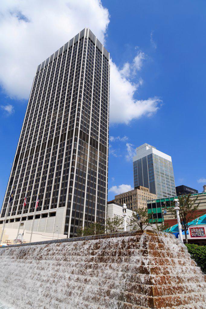 Stock Photo: 1486-16575 USA, Georgia, Atlanta, Fountain in Underground Atlanta