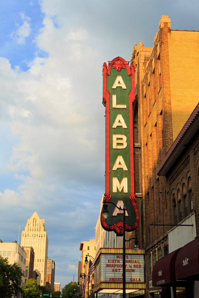 USA, Alabama, Birmingham, Alabama Theatre on 3rd Street : Stock Photo