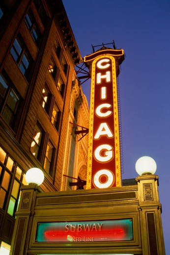Stock Photo: 1486-3620 Low angle view of the Chicago Theater, Chicago, Illinois, USA