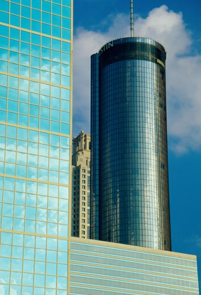 Stock Photo: 1486-3833 Low angle view of the Westin Tower, Atlanta, Georgia, USA
