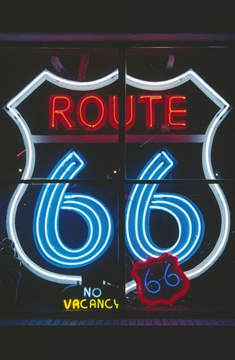 Stock Photo: 1486-3994 USA, New Mexico, Albuquerque, Route 66, illuminated neon sign