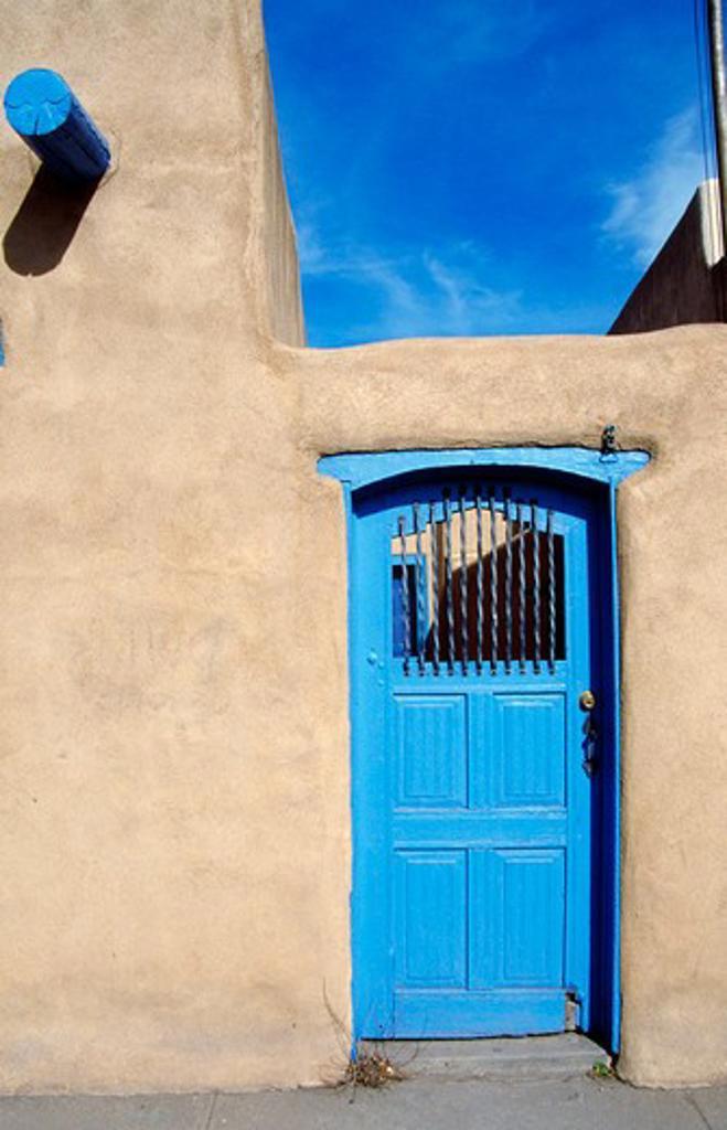 Stock Photo: 1486-4046 USA, New Mexico, Ranchos de Taos, Casa Benavides Bed and Breakfast, blue door