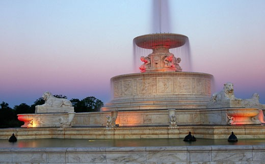 Fountain in a park, Scott Memorial Fountain, Belle Isle Park, Detroit, Michigan, USA : Stock Photo