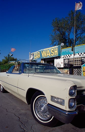 Vintage car at car wash, Detroit, Michigan, USA : Stock Photo