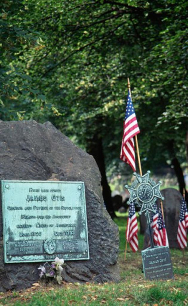 Stock Photo: 1486-5126 James Otis Grave Boston Massachusetts, USA