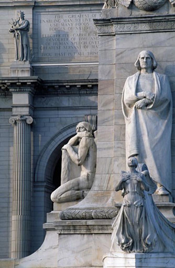 Stock Photo: 1486-5376 Statues at a railroad station, Union Station, Washington DC, USA