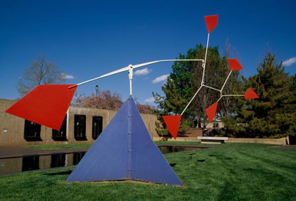Stock Photo: 1486-5383 Sculpture in an art museum, Hirshhorn Museum and Sculpture Garden, Washington DC, USA
