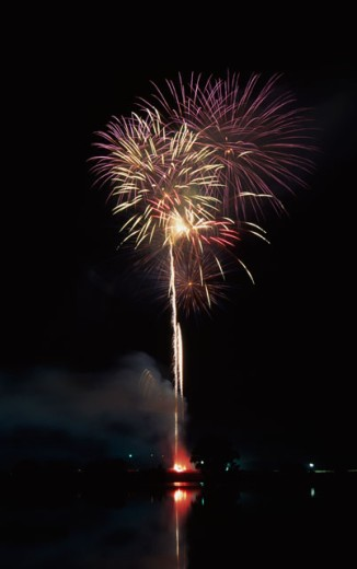 Low angle view of fireworks : Stock Photo
