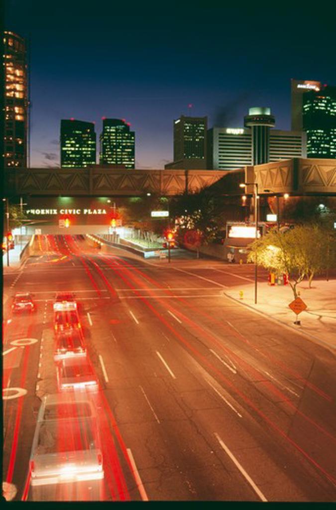 Stock Photo: 1486-6318 USA, Arizona, Phoenix, traffic on urban road