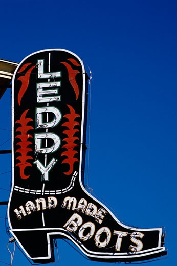 Stock Photo: 1486-727 Signboard of a boot store, Leddy's Boot Store, Fort Worth, Texas, USA