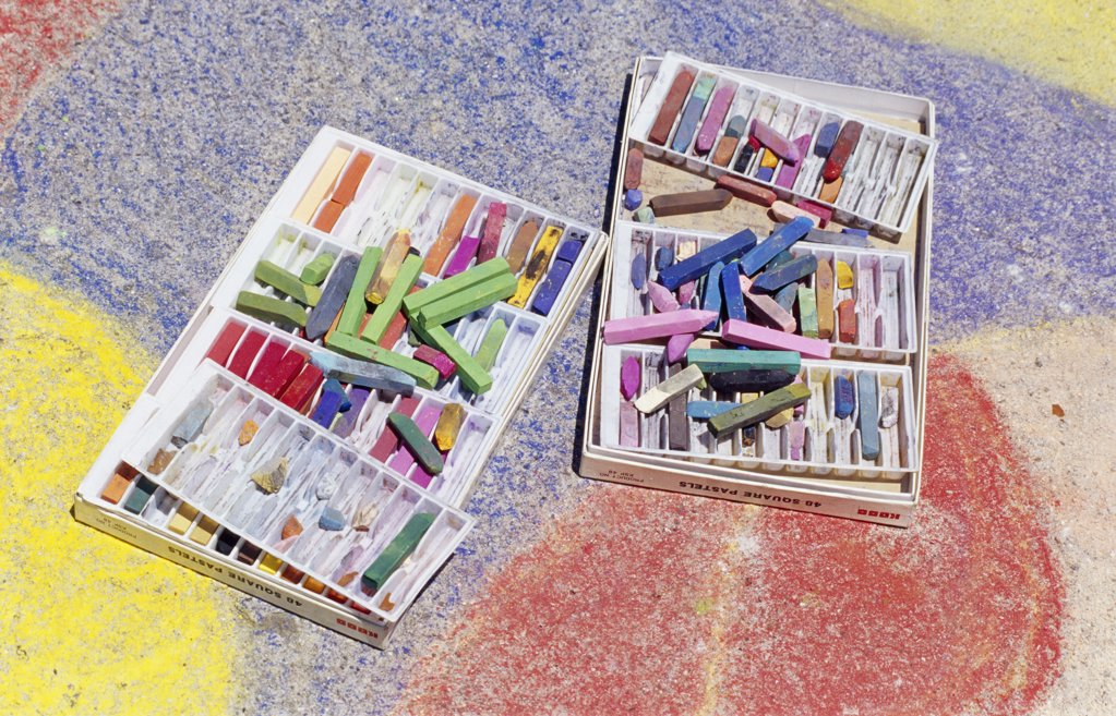 Stock Photo: 1486-7828 High angle view of crayons