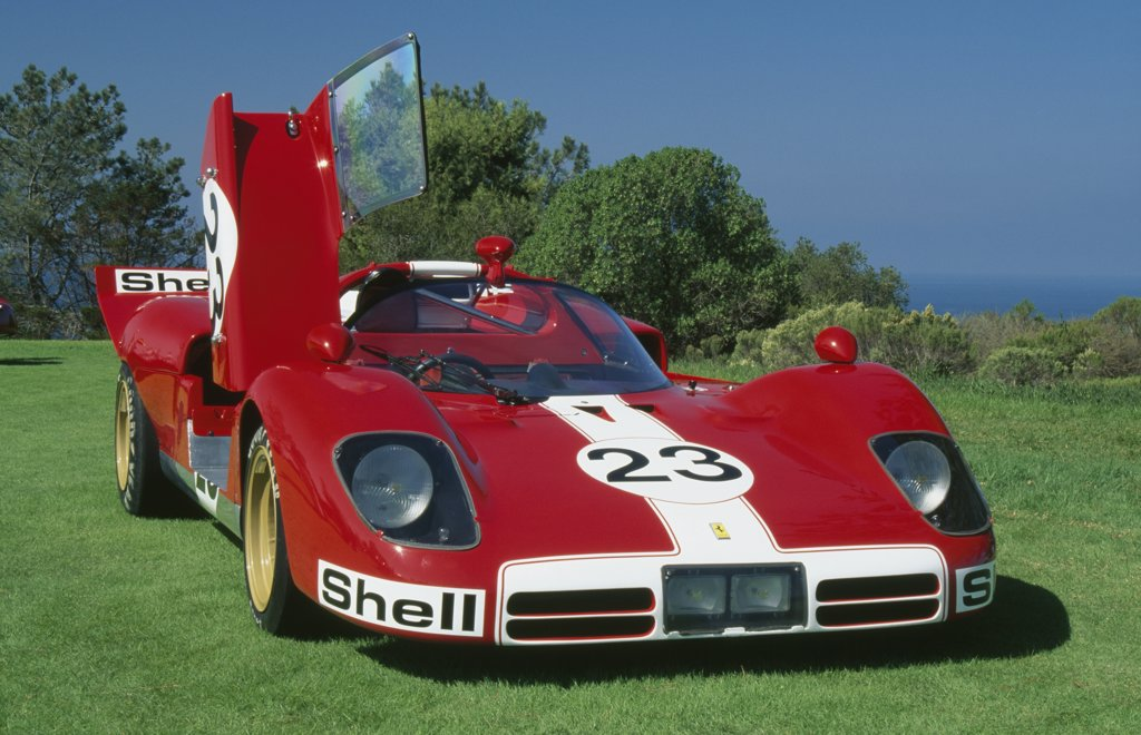 Stock Photo: 1486-8425 1969 Ferrari 5125