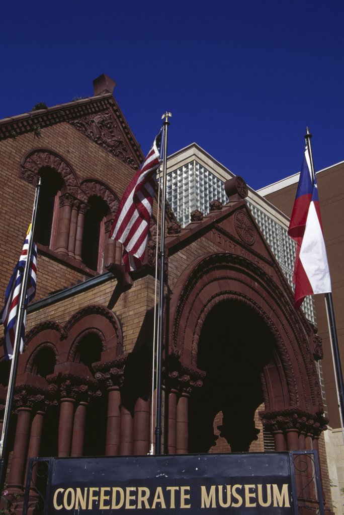 Stock Photo: 1486-8886 Low angle view of a museum, Confederate Museum, New Orleans, Louisiana, USA
