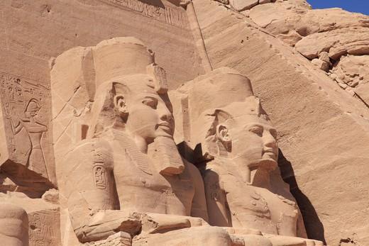 Statues of Rameses II and Queen Nefertari, Great Temple of Rameses II, Abu Simbel, Egypt : Stock Photo