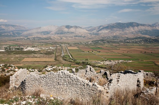 Ruins of a building with agricultural fields in the background, Saranda, Albania : Stock Photo
