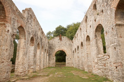 Stock Photo: 1488-932 Ruins of a basilica, Butrint, Albania