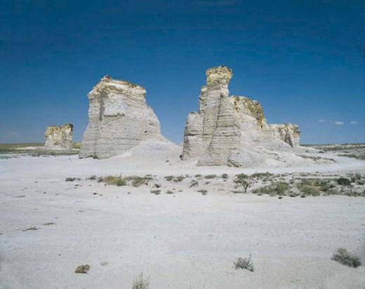 Chalk Pyramids, Monument Rocks, south of Oakley, Kansas, USA : Stock Photo