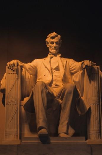 Stock Photo: 1491R-1021394 The Lincoln Memorial at night, Washington, DC, USA